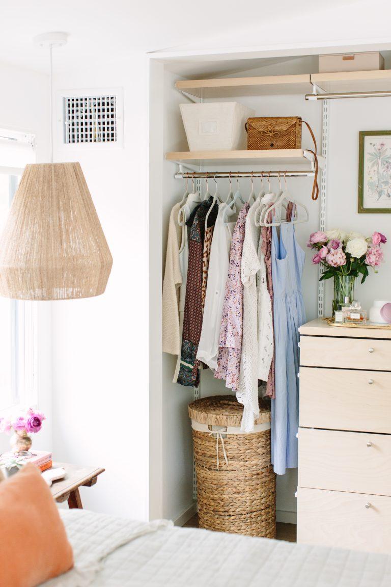 10 cosas en tu armario de las que debes deshacerte ahora